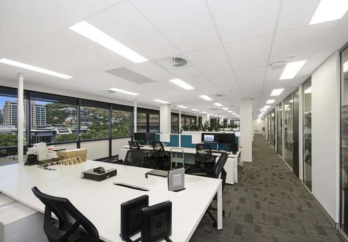 22 Walker Street Townsville City QLD 4810 - Image 2