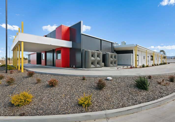 247 Wine Country Drive Nulkaba NSW 2325 - Image 1