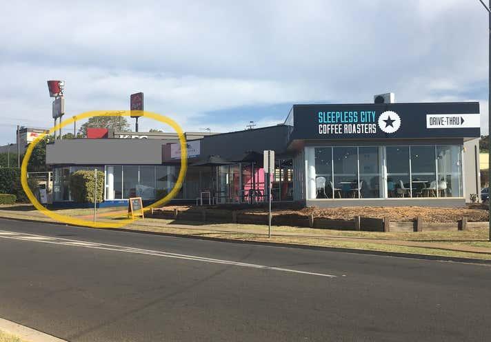 2-4/360 Stenner Street Kearneys Spring QLD 4350 - Image 4