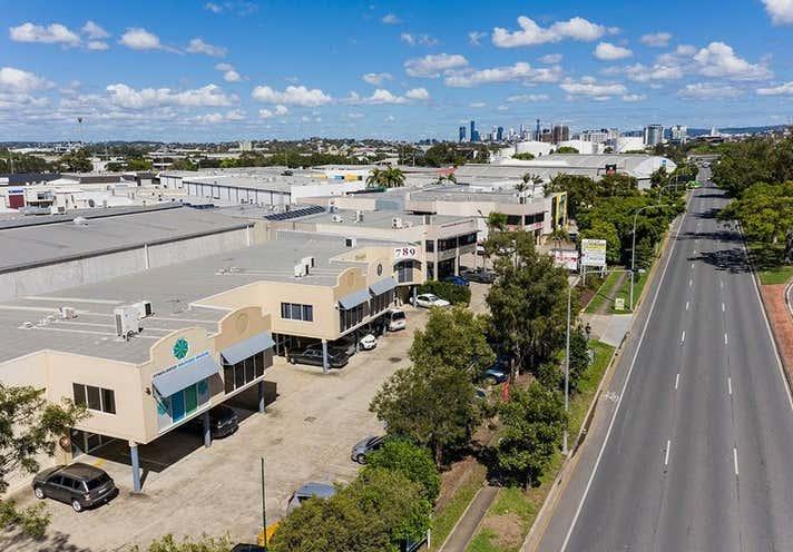 4/789 Kingsford Smith Drive Eagle Farm QLD 4009 - Image 1