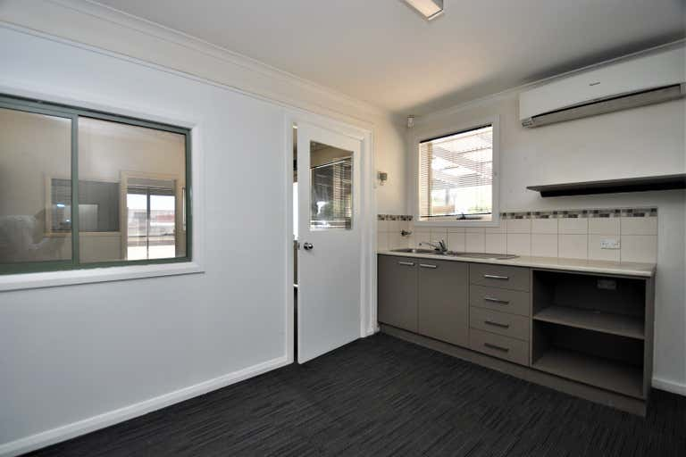 198 Strickland Road Strathdale VIC 3550 - Image 3