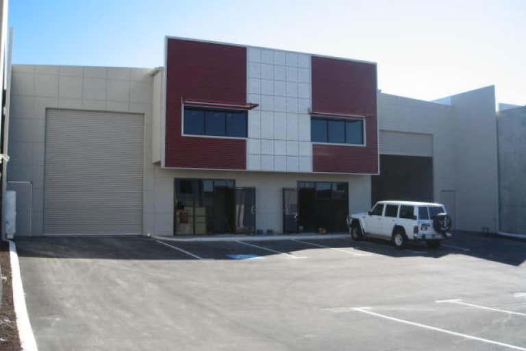 Unit 2, 45 Tacoma Circuit Canning Vale WA 6155 - Image 2
