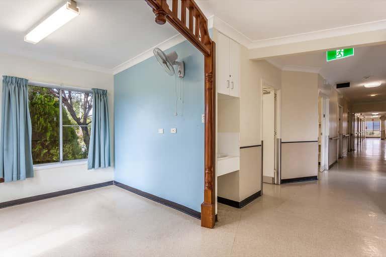 14 Wallangarra Road Stanthorpe QLD 4380 - Image 3
