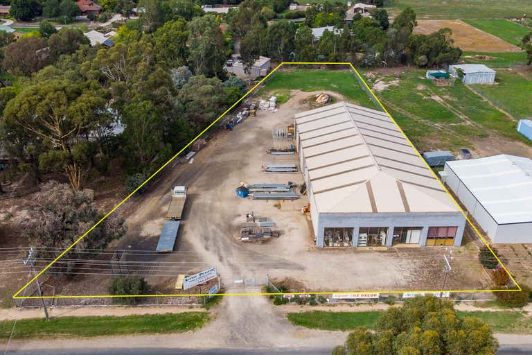 32 HIGHLANDS ROAD Seymour VIC 3660 - Image 1