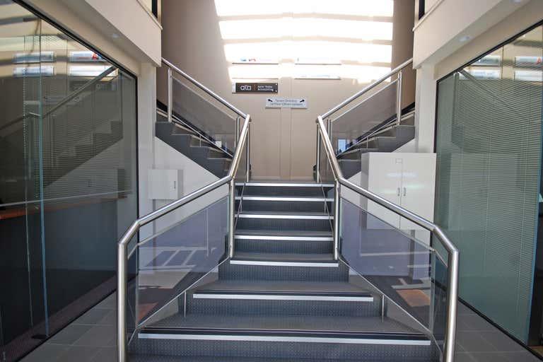 Upstairs, 2/8 Lowe Street Ballarat Central VIC 3350 - Image 2