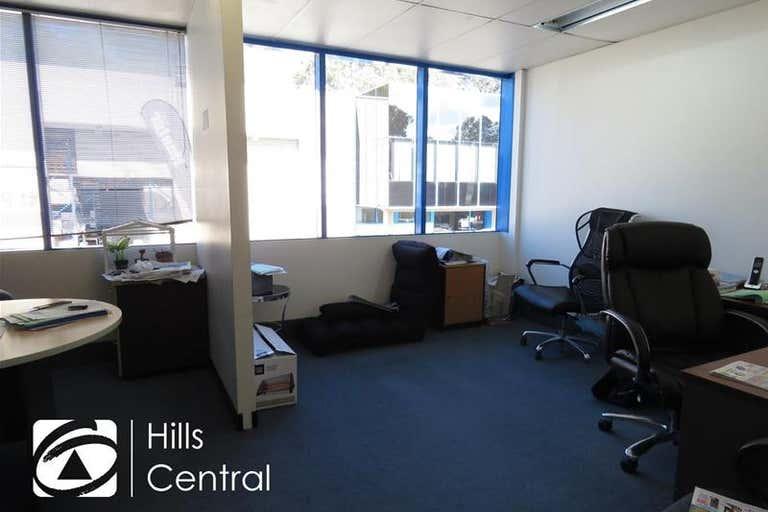8a/8 Victoria Avenue Castle Hill NSW 2154 - Image 3