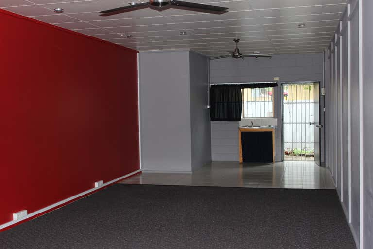 2/3 Windarra Street Woree QLD 4868 - Image 2