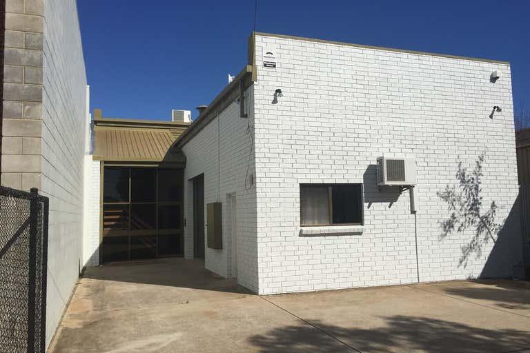 69 Light Terrace Thebarton SA 5031 - Image 2