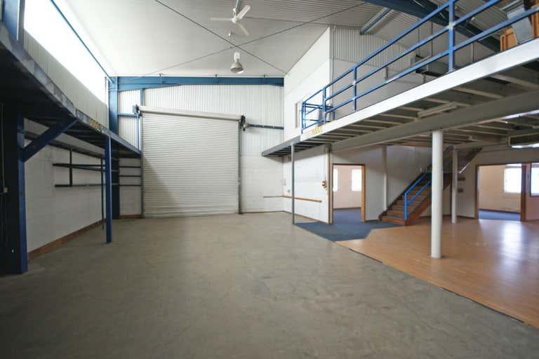 851 Ramsden Drive North Albury NSW 2640 - Image 2