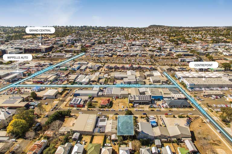 7 Tointon Street Toowoomba City QLD 4350 - Image 4