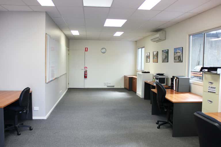 First Floor Unit 2, 9 Mirra Court Bundoora VIC 3083 - Image 2