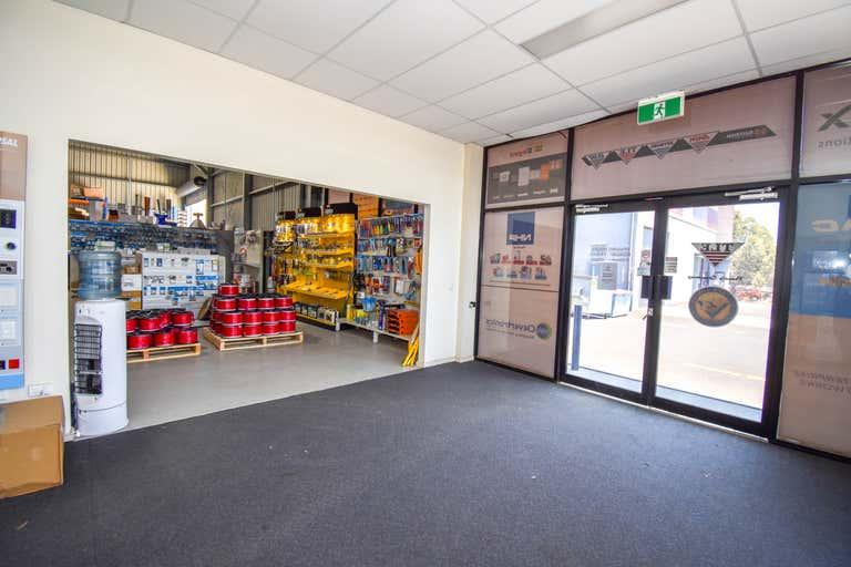 2/14 Corporation Avenue Bathurst NSW 2795 - Image 4