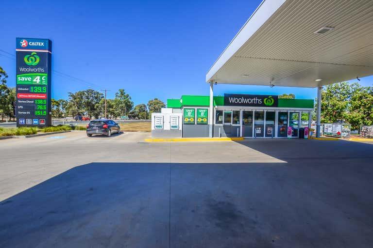 Moama Marketplace, 2 Perricoota Road Moama NSW 2731 - Image 4