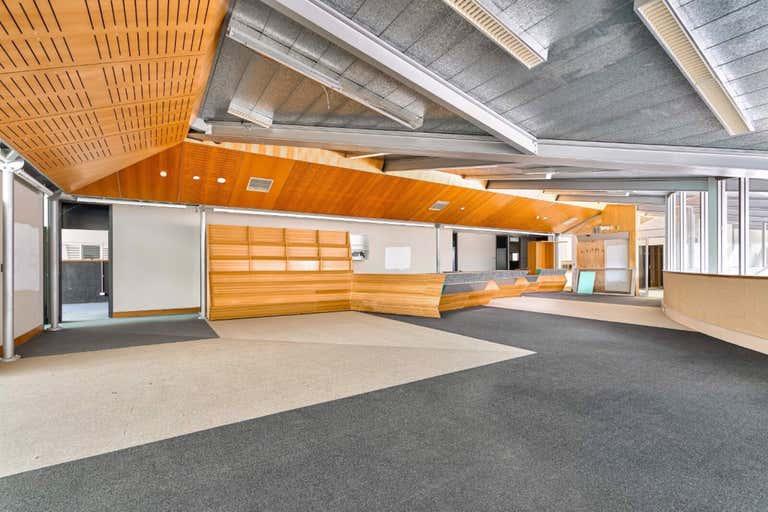 28 Tallowwood Street Seven Hills QLD 4170 - Image 4