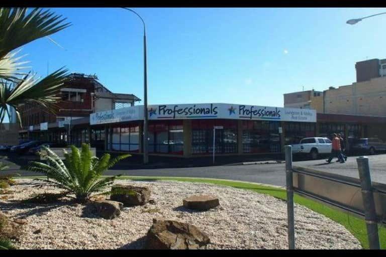 10/32-34 Denham Street Rockhampton City QLD 4700 - Image 4