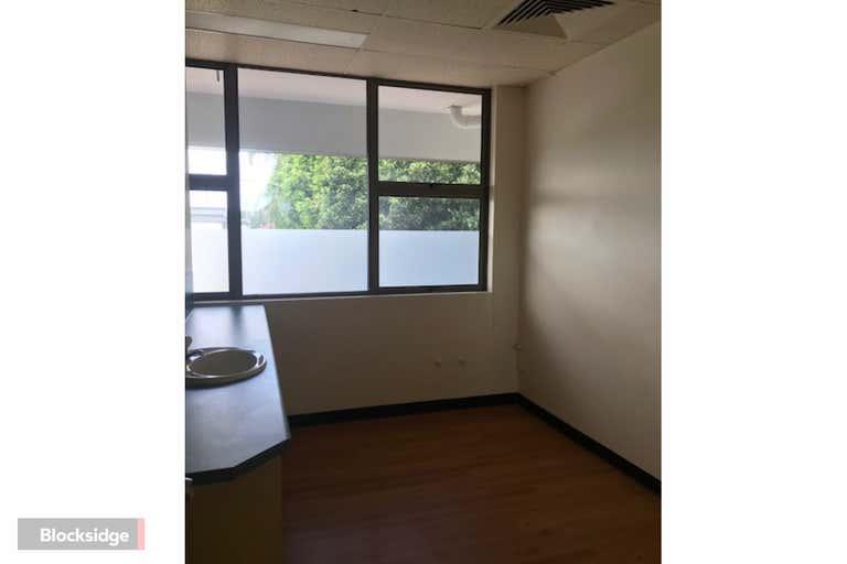 Suite 4, 1000 Logan Road Holland Park QLD 4121 - Image 3