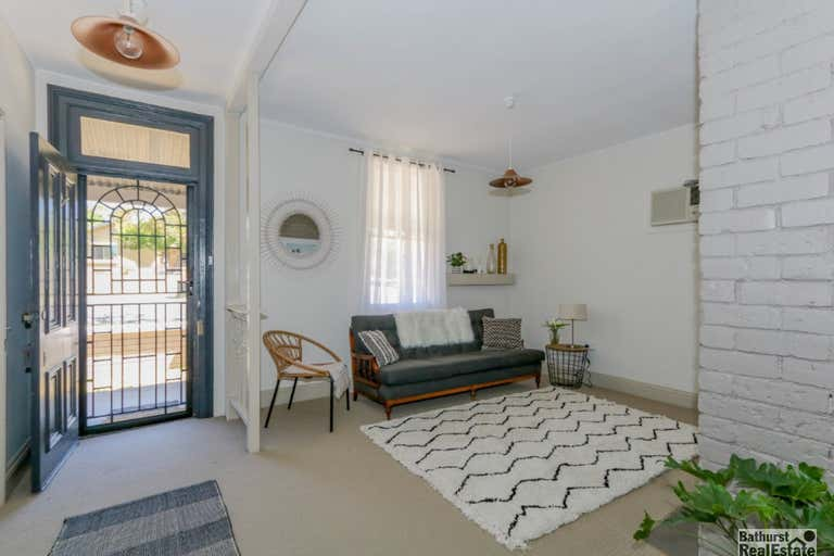 58 Bant Street South Bathurst NSW 2795 - Image 4