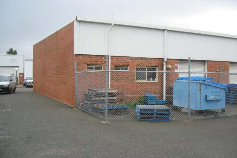 Unit 5, 17  Canvale Road Canning Vale WA 6155 - Image 2