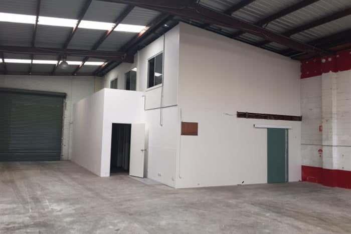 35 Parraweena Road Caringbah NSW 2229 - Image 4