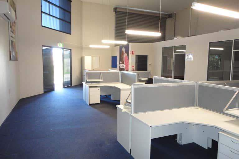 Unit 5/7 Sonia Court Raceview QLD 4305 - Image 4