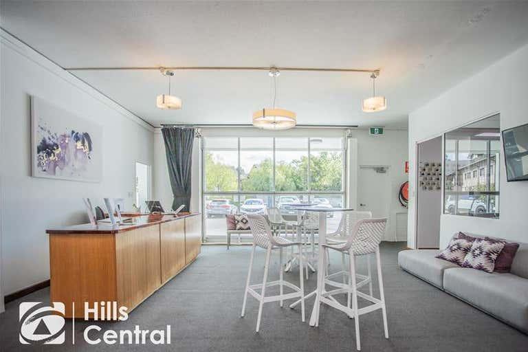 6/3 salisbury Road Castle Hill NSW 2154 - Image 3