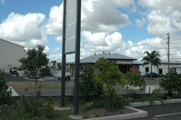 2/3 Inglis Court Bundaberg West QLD 4670 - Image 3