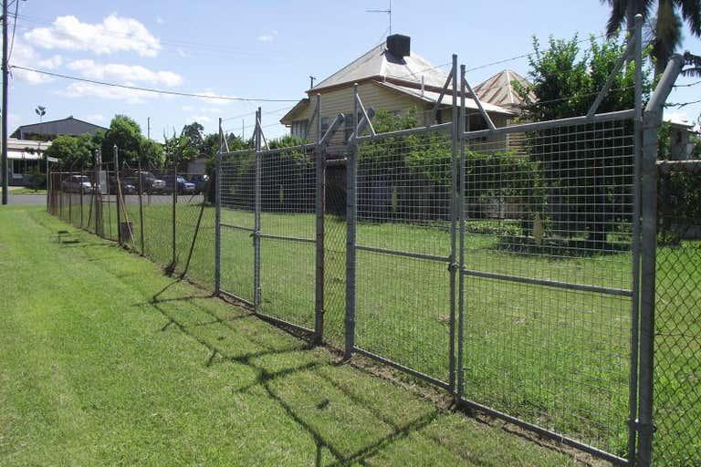 273 DENISON STREET Rockhampton City QLD 4700 - Image 1