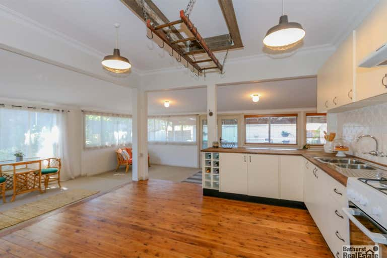 58 Bant Street South Bathurst NSW 2795 - Image 2