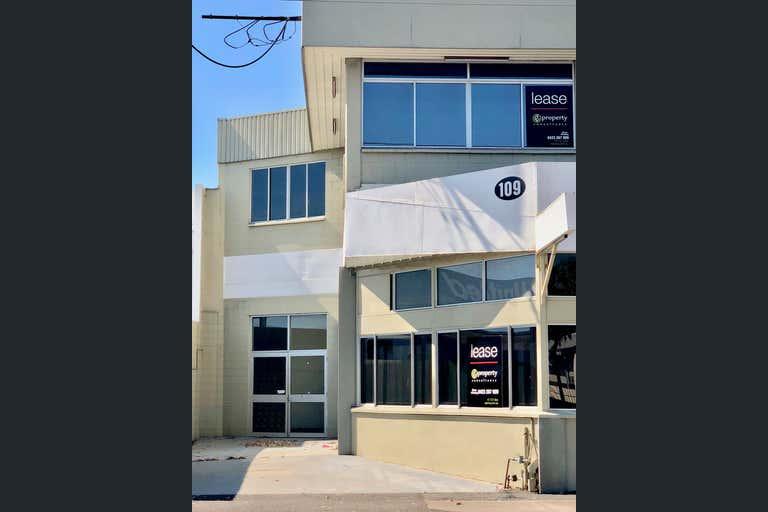 109 Ingham Road West End QLD 4810 - Image 2