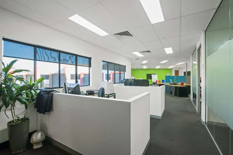 Quality fit out office space. - Image 2