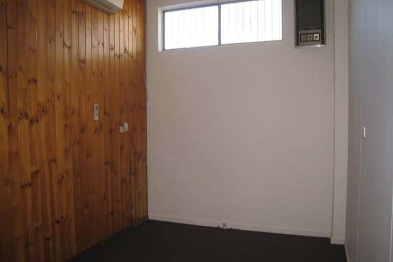 2 Beverly Lane Mount Isa QLD 4825 - Image 4