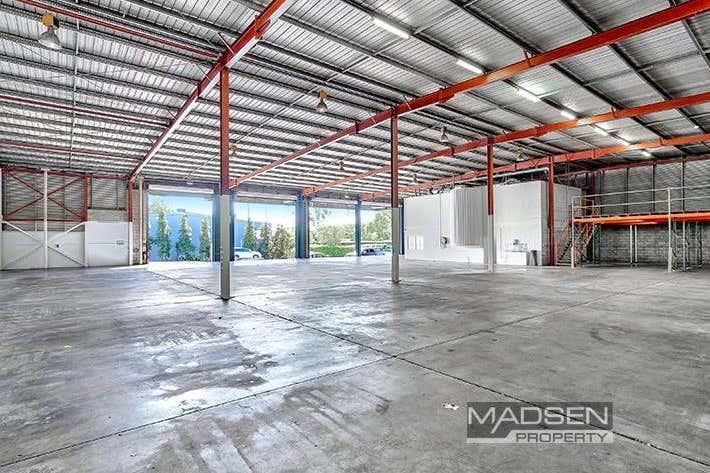 120 Tennyson Memorial Avenue Tennyson QLD 4105 - Image 2