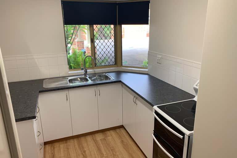20 Francis Street Geraldton WA 6530 - Image 4
