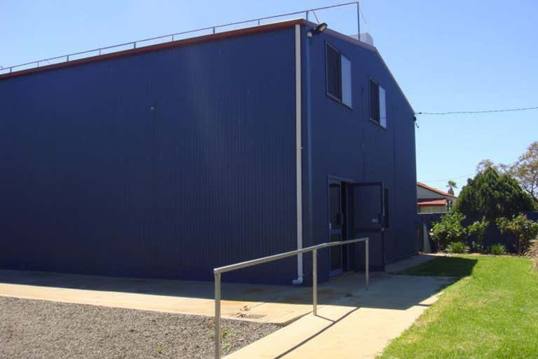 71 Feather Street Roma QLD 4455 - Image 2
