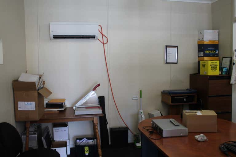 Malseeds Building Office Space, 98 George Street Millicent SA 5280 - Image 3