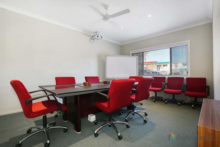 143 Marsh Street Armidale NSW 2350 - Image 3