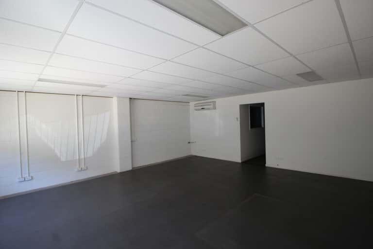 8 Hill Street Toowoomba City QLD 4350 - Image 2
