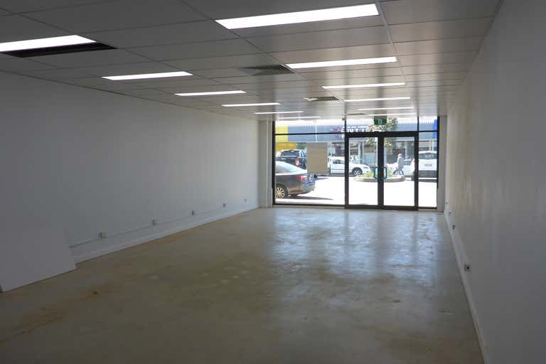 (L) Shop 4, 17 Short Street Port Macquarie NSW 2444 - Image 3