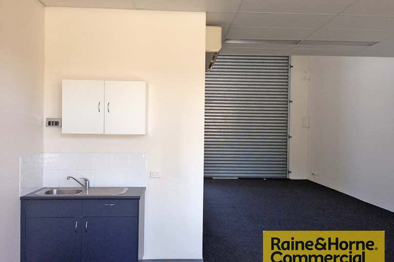 2/11 Buchanan Road Banyo QLD 4014 - Image 2