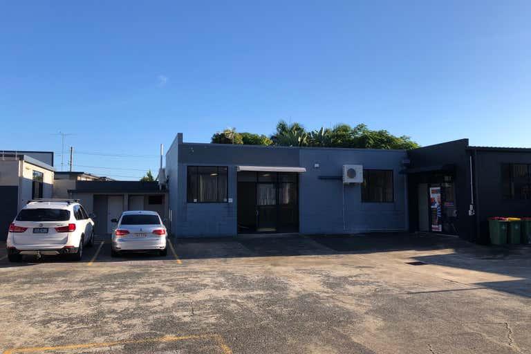 1/63 West Burleigh Road Burleigh Heads QLD 4220 - Image 1