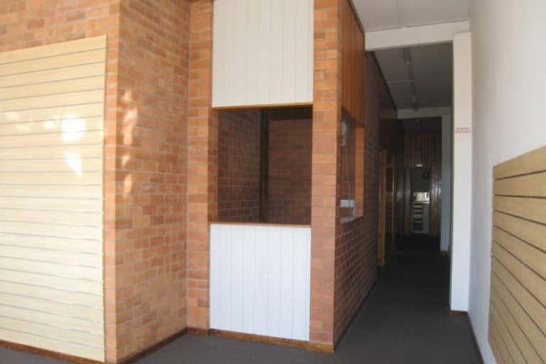 2 Beverly Lane Mount Isa QLD 4825 - Image 2