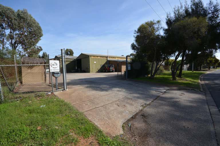 8 Palina Road Smithfield SA 5114 - Image 2