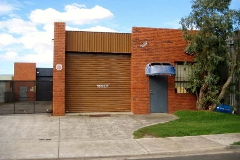 2/11 Wise Avenue Seaford VIC 3198 - Image 2