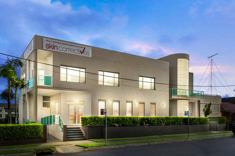 2/104 Kembla Street Wollongong NSW 2500 - Image 1