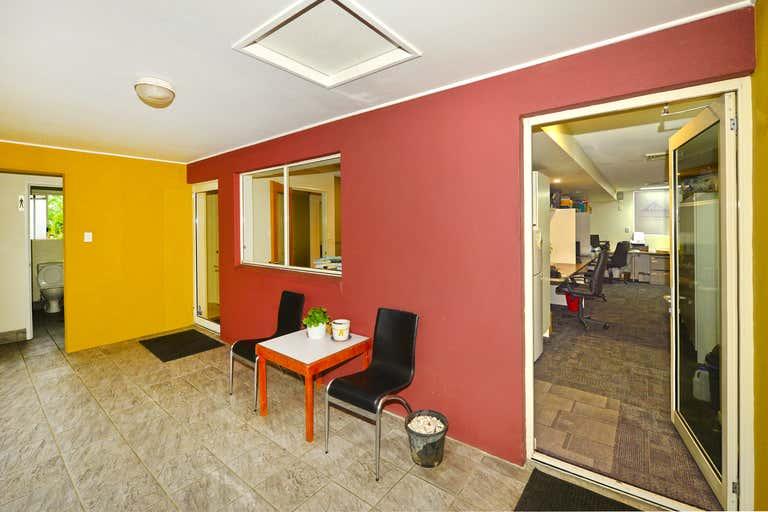 Suite 4/66 Poinciana Avenue Tewantin QLD 4565 - Image 4