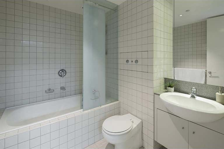 1/1 Queensberry Road Carlton VIC 3053 - Image 3