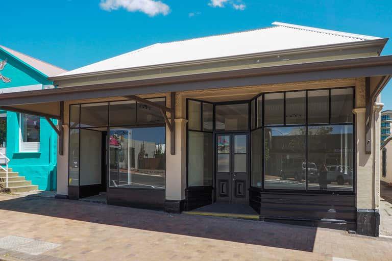 18 Lewis Street Port Lincoln SA 5606 - Image 2