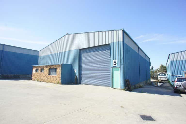 Unit 2 & 5, 2 Arunga Drive Beresfield NSW 2322 - Image 2