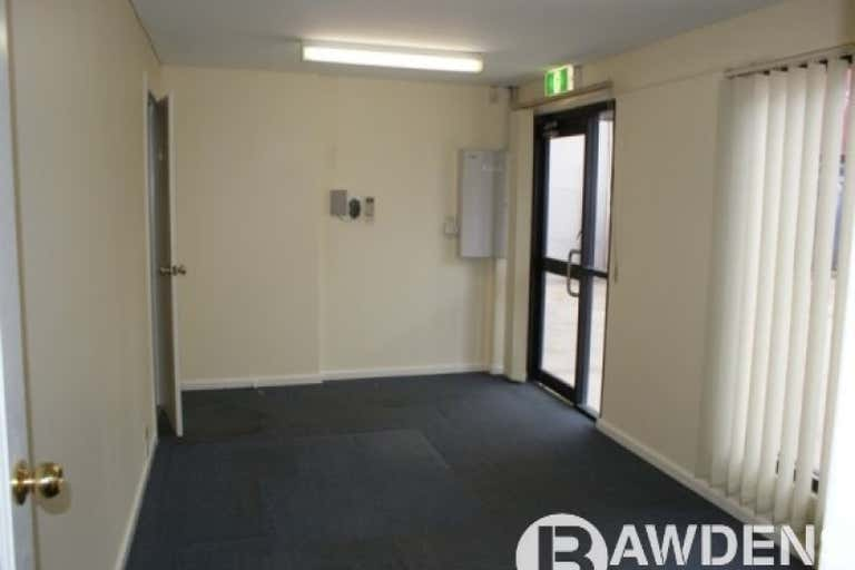 1/3 SOVEREIGN PLACE South Windsor NSW 2756 - Image 4