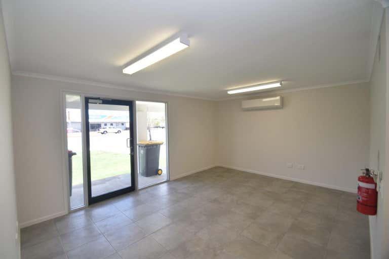 137 Thuringowa Drive Kirwan QLD 4817 - Image 4